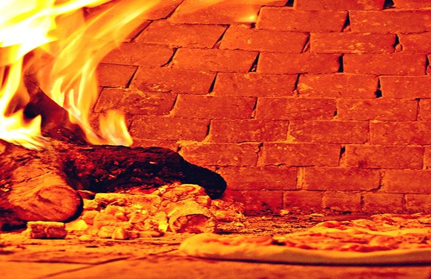 esperienze in Sicilia facciamo la pizza
